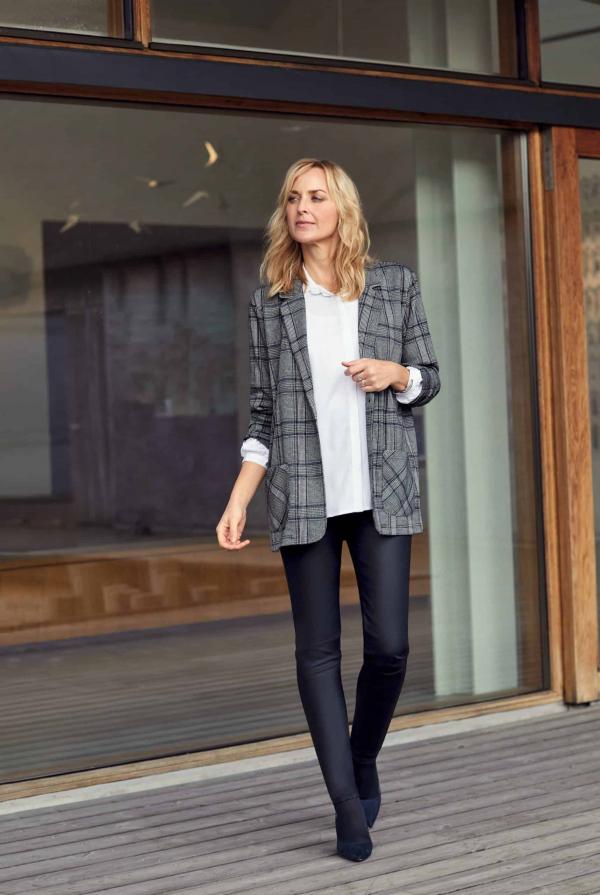 blazer-212258-shirt-210152-jeans-211998