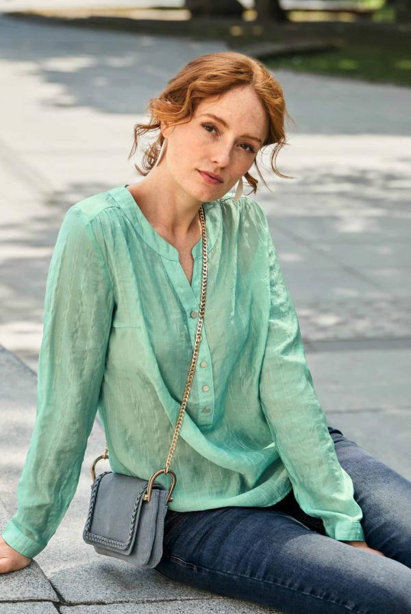 blouse-211156-jeans-210987