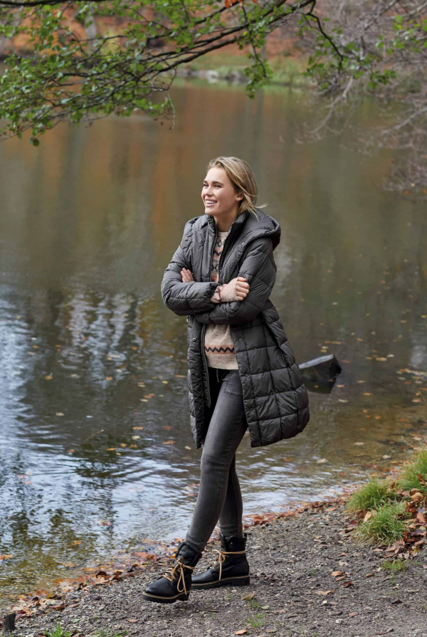 coat-211814-pullover-211911-pants-212051