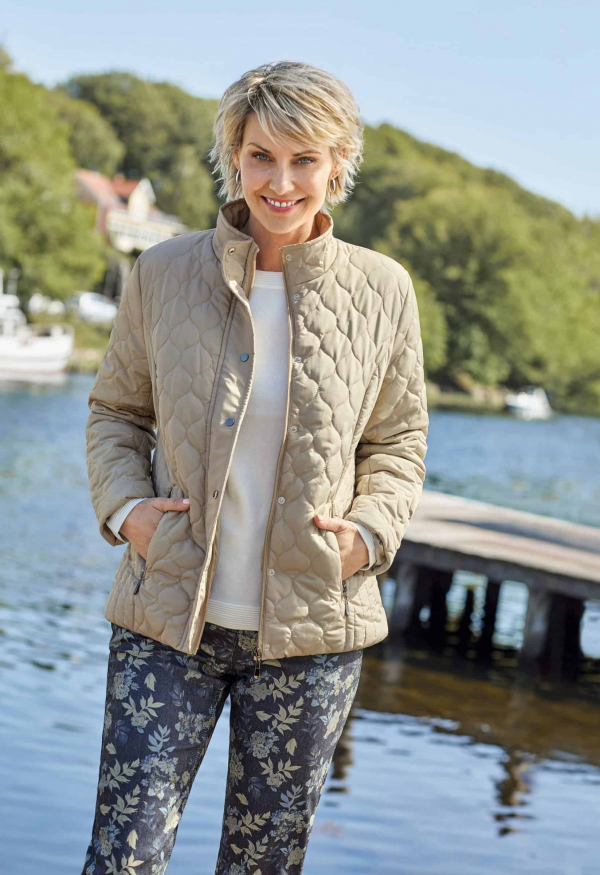 jacket-210780-pullover-210787-trousers-210900