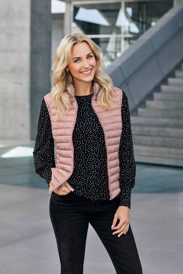 waistcoat-210799-blouse-211020-trousers-211319