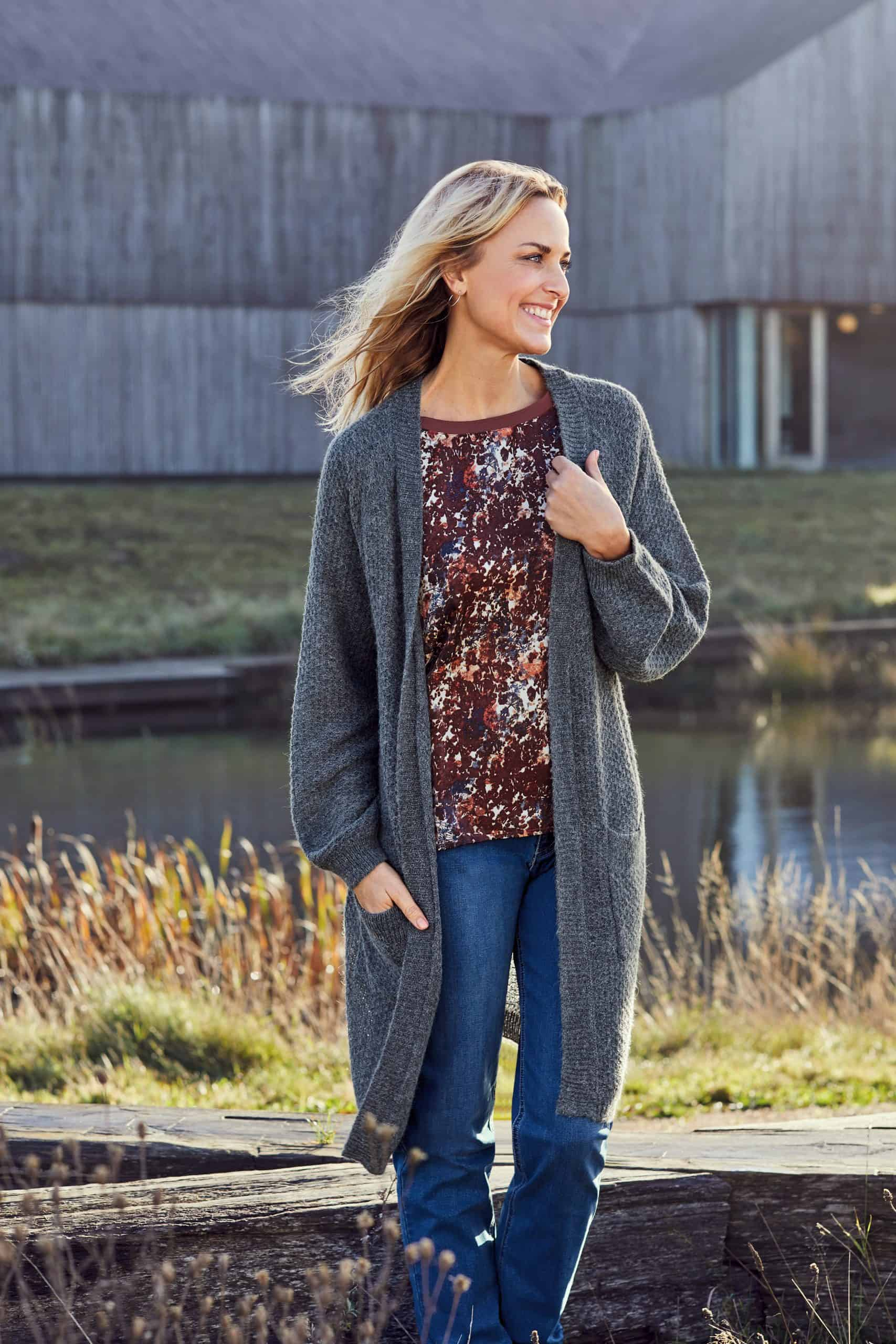 cardigan-212285-long-sleeve-t-shirt-212266-jeans-212180